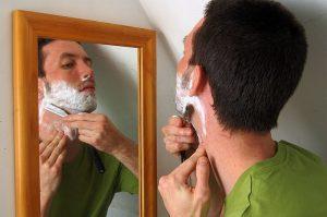 uso-navaja-de-afeitar